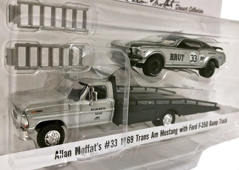 1/64スケール ACME アラン・モファット #33 1969 トランザム マスタング with フォードF350 Ramp Truck