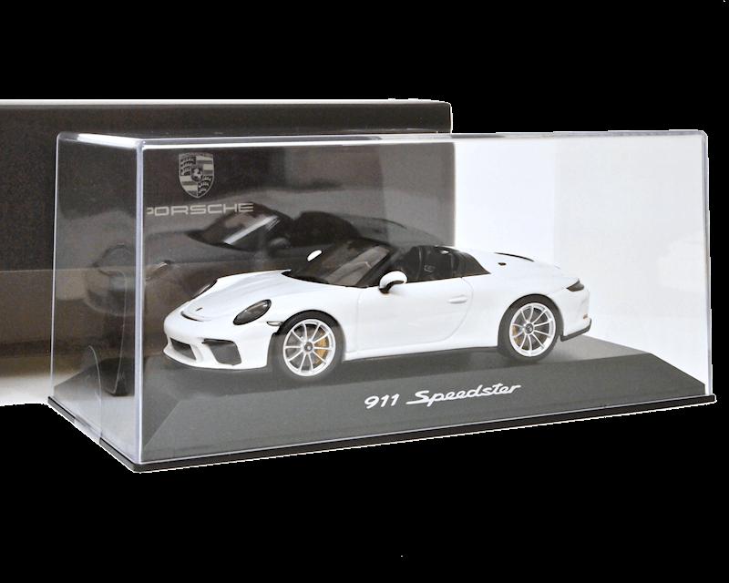 ポルシェ特注 1/43スケール「ポルシェ911 Speedster(991 II)」(ホワイト)ミニカー