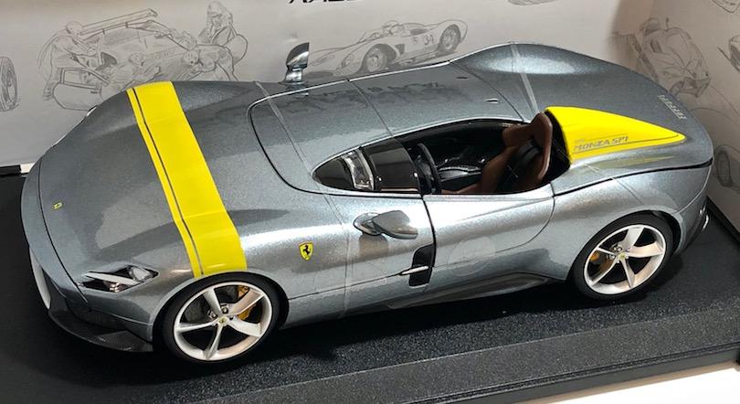 ブラーゴ 1/18スケールミニカー「フェラーリMONZA SP1」